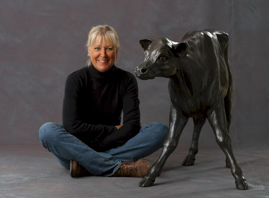 Nicola Prinsen artist with calf